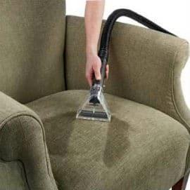 Limpeza de cadeira e poltrona