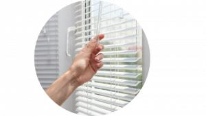 Conserto de cortinas e persianas